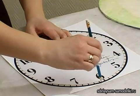 Часы из картона своими руками для детей пошаговое фото для начинающих 22