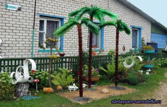 Украшение двора. Пальма из пластиковых бутылок